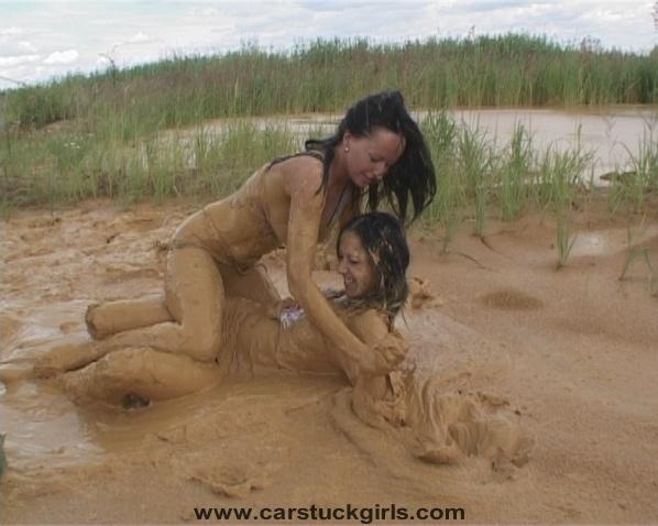 http://www.carstuckgirls.com/b014%20Mudwrestling-Stuck.jpg