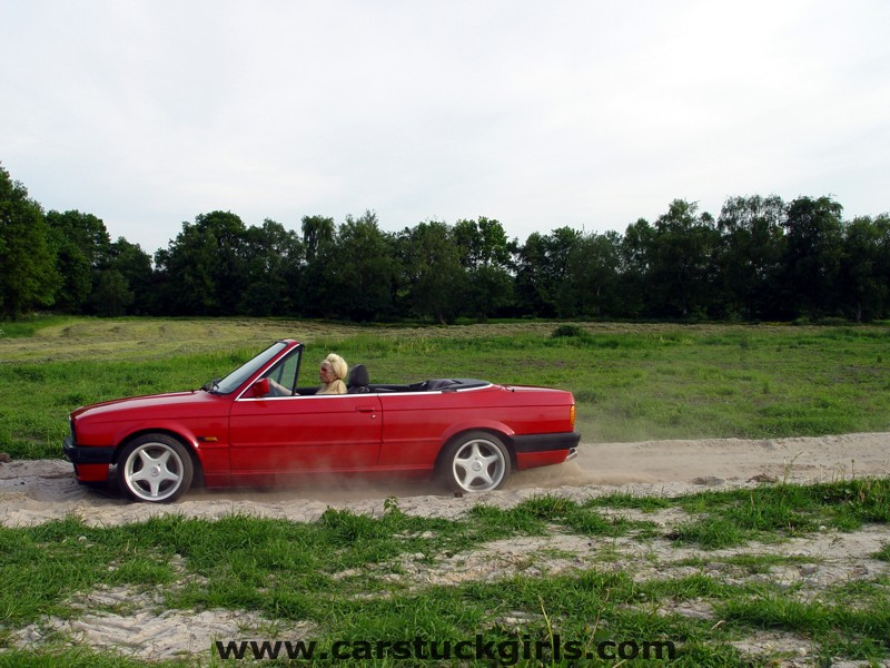 bmw convertible stuck white boots001