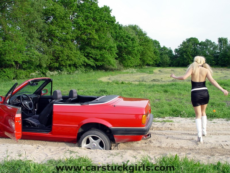 bmw convertible stuck white boots006