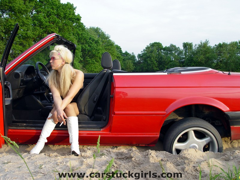 bmw convertible stuck white boots026